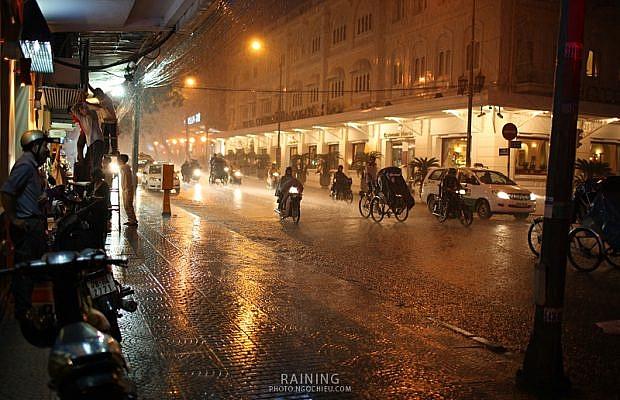 Đêm mưa Sài Gòn